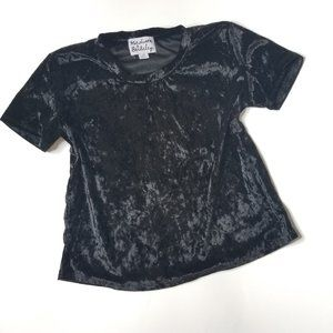 Madison & Berkeley Crushed Velvet Short Sleeve Top